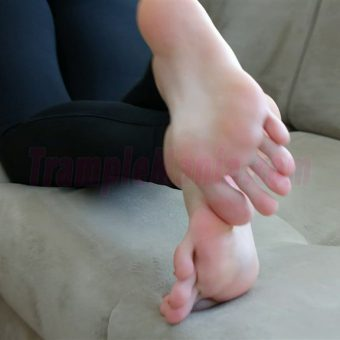 013-crystal-barefoot-show.MP4.0011