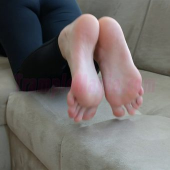 013-crystal-barefoot-show.MP4.0012