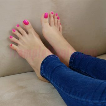 037-crystal-perfect-feet (5)