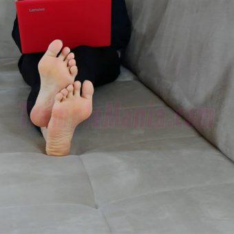 050-rachels-barefoot-show.MP4.0002
