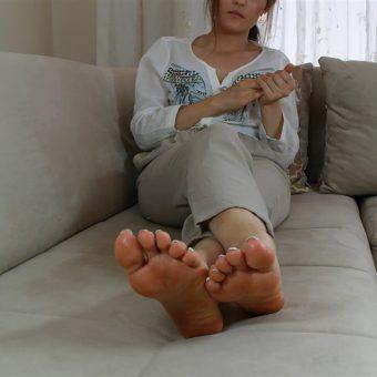 073-zelda-creaming-her-soles (6)