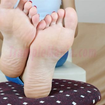 109-leah-perfect-soles.MP4.0022