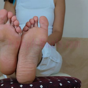 103-barbaras-high-arches-sexy-soles.MP4.0004
