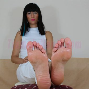 105-barbaras-high-arches-and-sexy-soles.MP4.0000