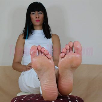 105-barbaras-high-arches-and-sexy-soles.MP4.0004