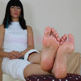 105-barbaras-high-arches-and-sexy-soles.MP4.0009