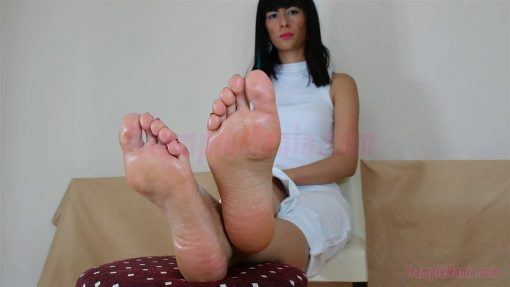 105-barbaras-high-arches-and-sexy-soles.MP4.0014