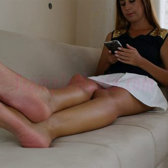 108-diana-barefoot-and-soles-show.MP4.0000