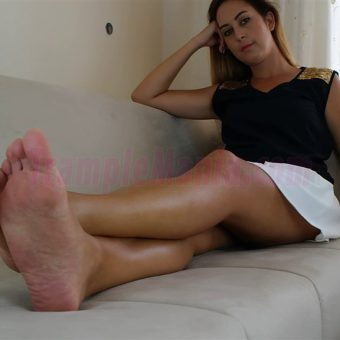 108-diana-barefoot-and-soles-show.MP4.0001