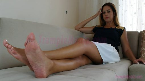 108-diana-barefoot-and-soles-show.MP4.0015