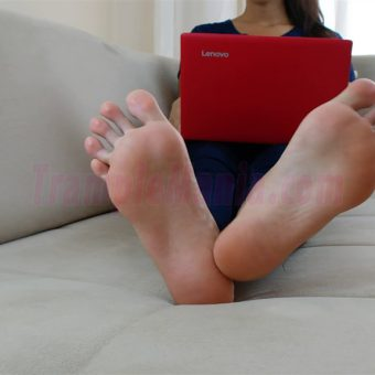 074-crystal-barefoot-perfection.MP4.0001