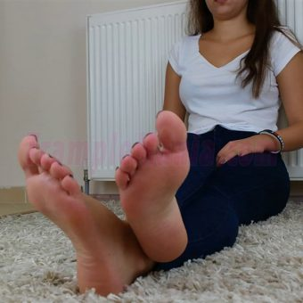 131-adelinas-feet-on-the-carpet-mp4-0003