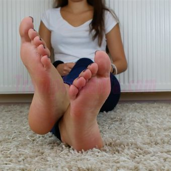 131-adelinas-feet-on-the-carpet-mp4-0013