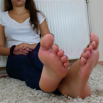 131-adelinas-feet-on-the-carpet-mp4-0024