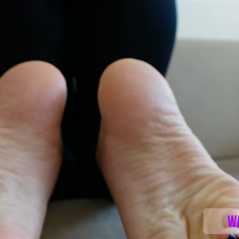 137-crystals-perfect-soles-mp4-0014