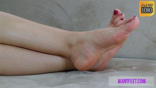 elisa-barefoot-show-720.MP4.0008