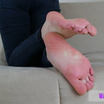 beths-meaty-sexy-soles-show.MP4.0000